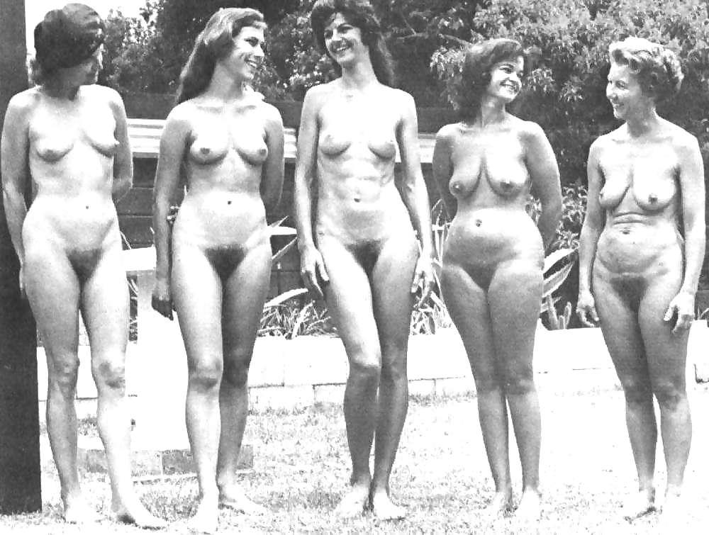 sexy bi wife nude